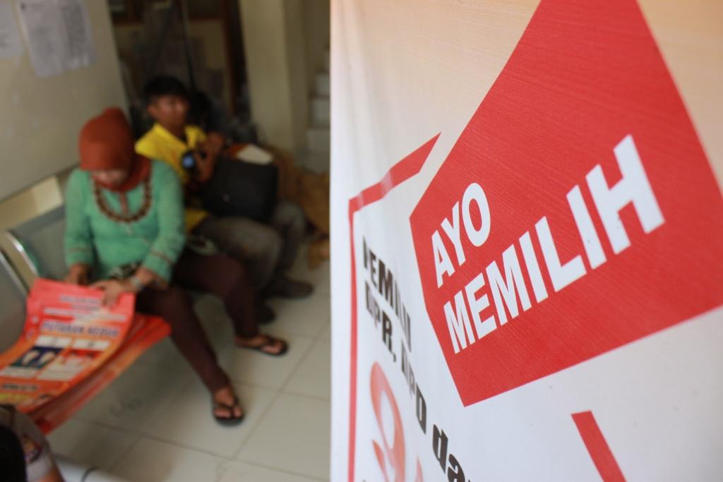 Alat peraga sosialiasi Pilkada Padang putaran kedua. FOTO/HUDA PUTRA