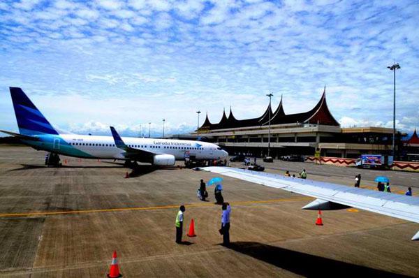 Bandara Internasional Minangkabau. Kabupaten Padang Pariaman, Sumatera Barat.